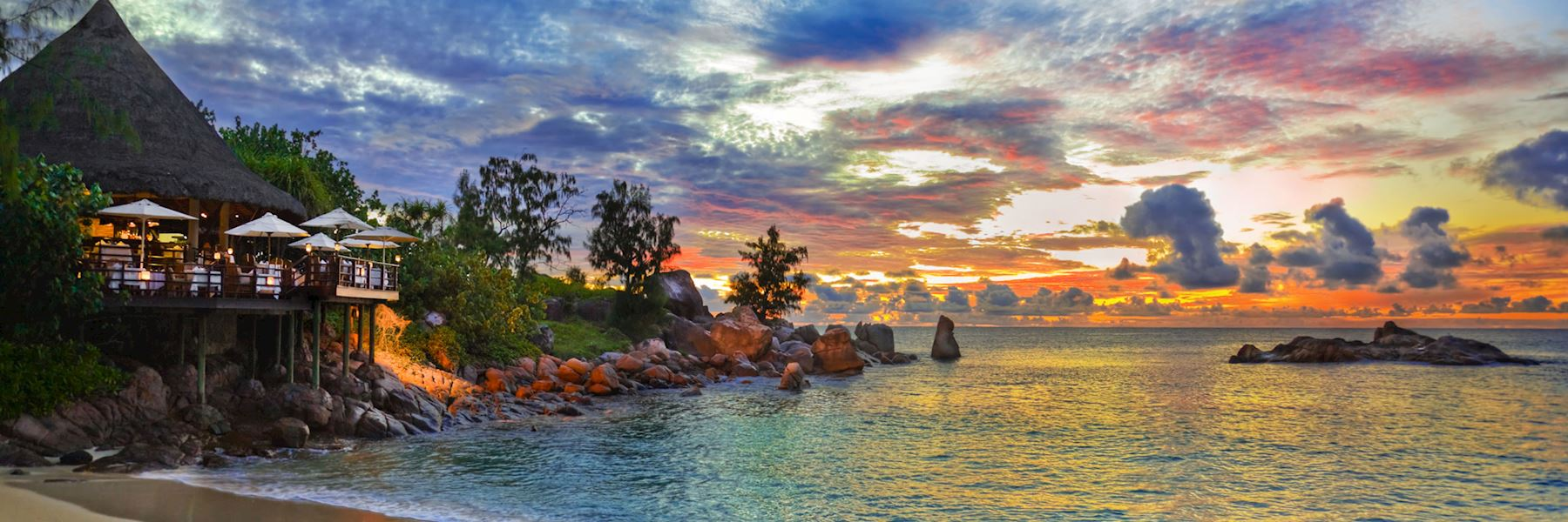 Praslin private island tour