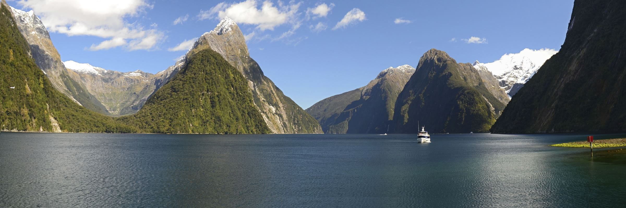 visit milford sound on a trip to new zealand