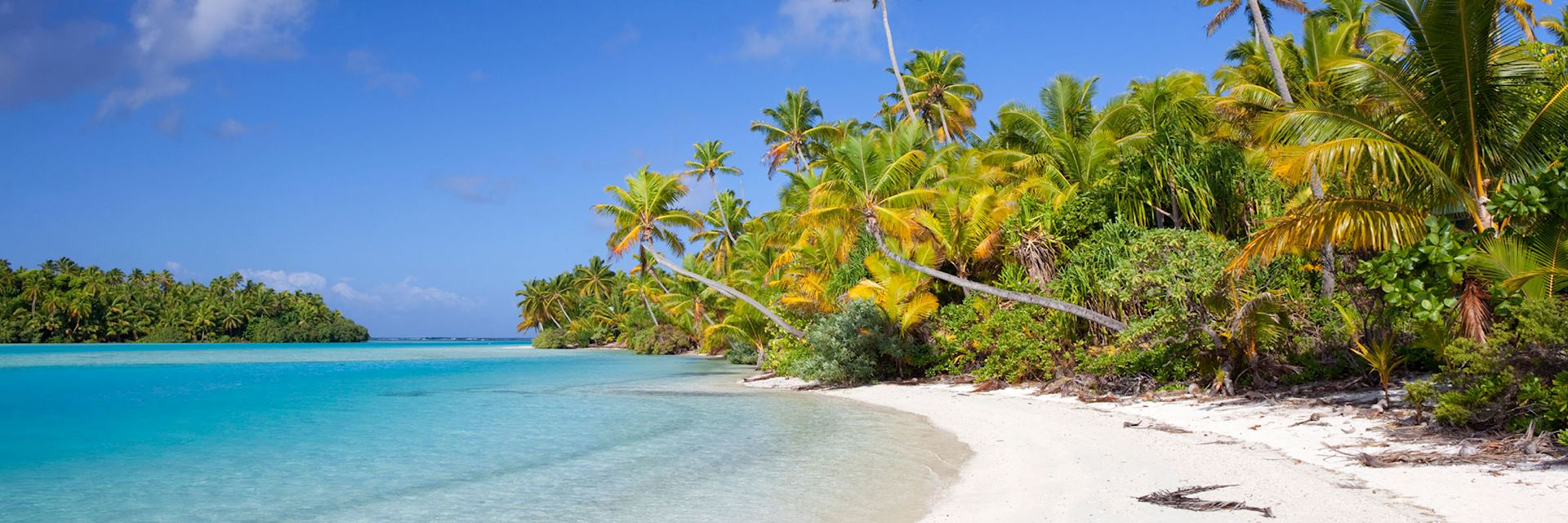 Onefoot Island in the Cook Islands