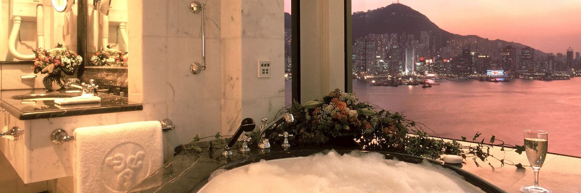 Bathroom Suite, Peninsula Hotel, Hong Kong
