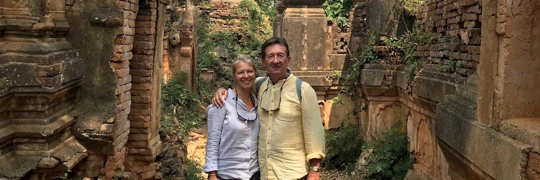 David and Helene on their round-the-world trip — © David Moore