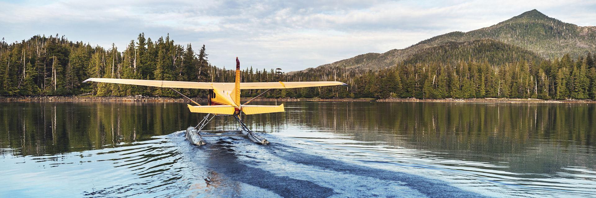 Sea plane sightseeing in Alaska