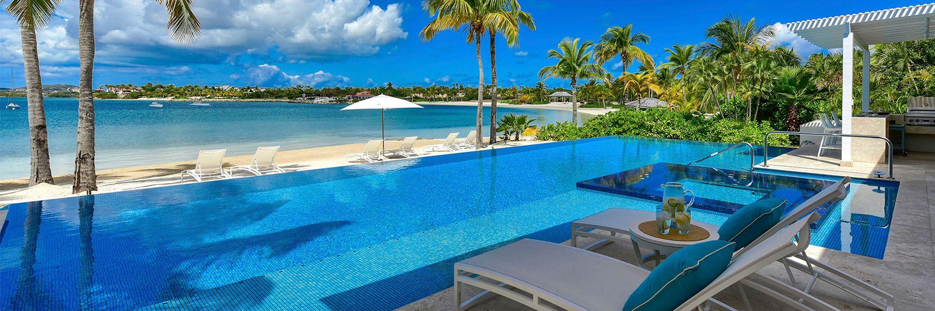 Blue Belle, Antigua
