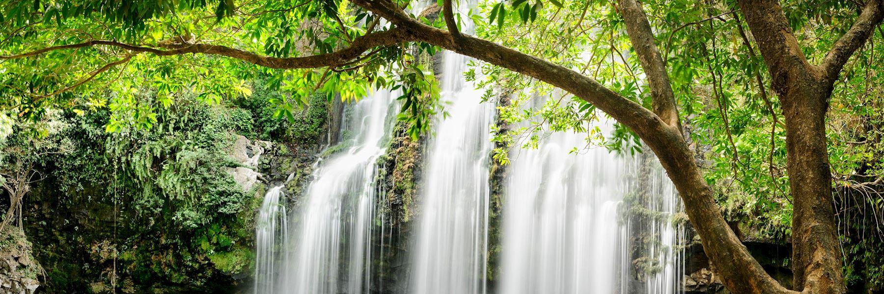Costa Rica travel guides