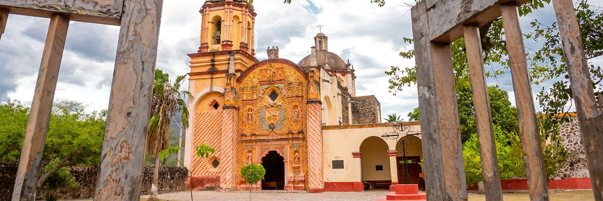 The church of San Miguel Concá, Querétaro