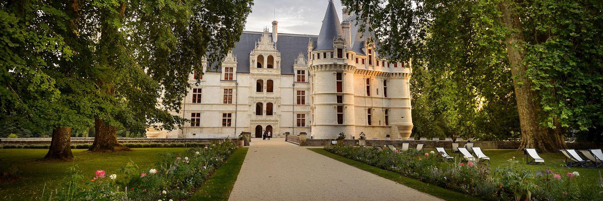 Château d'Azay-le-Rideau, Loire Valley (L+®onard de Serres - CMN)