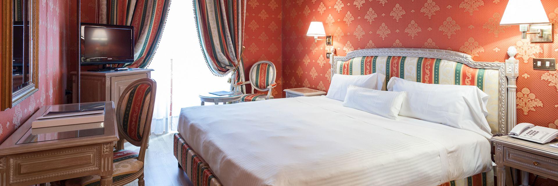 Superior room, Hotel De La Ville, Milan