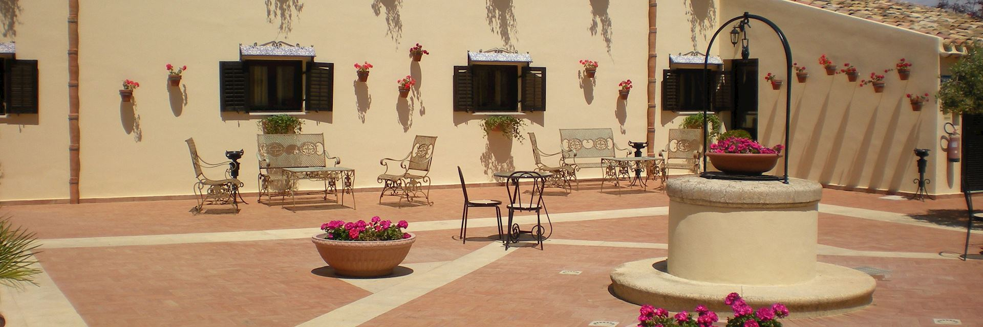 Hotel Foresteria Baglio della Luna, Sicily