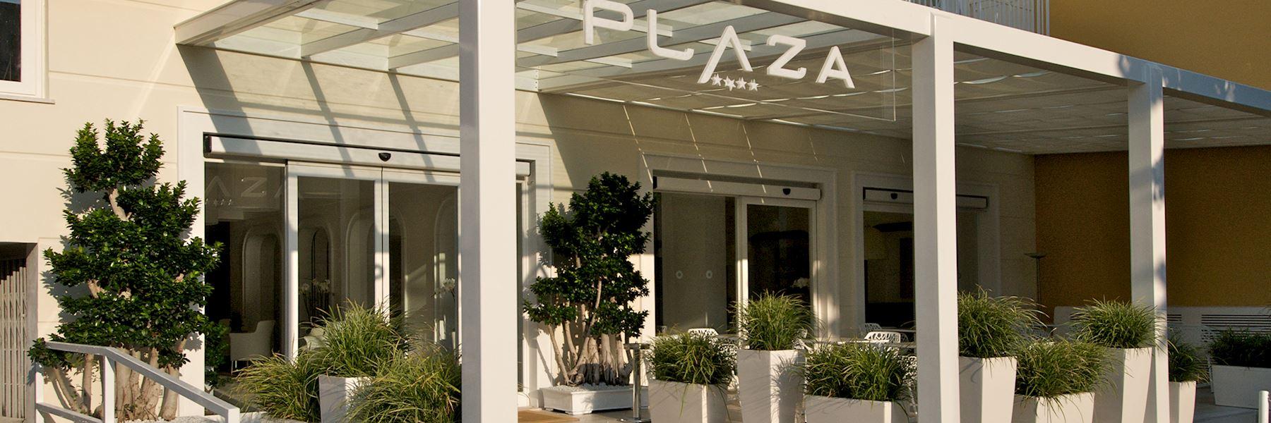 hotel plaza sorrento hotels in sorrento audley travel. Black Bedroom Furniture Sets. Home Design Ideas