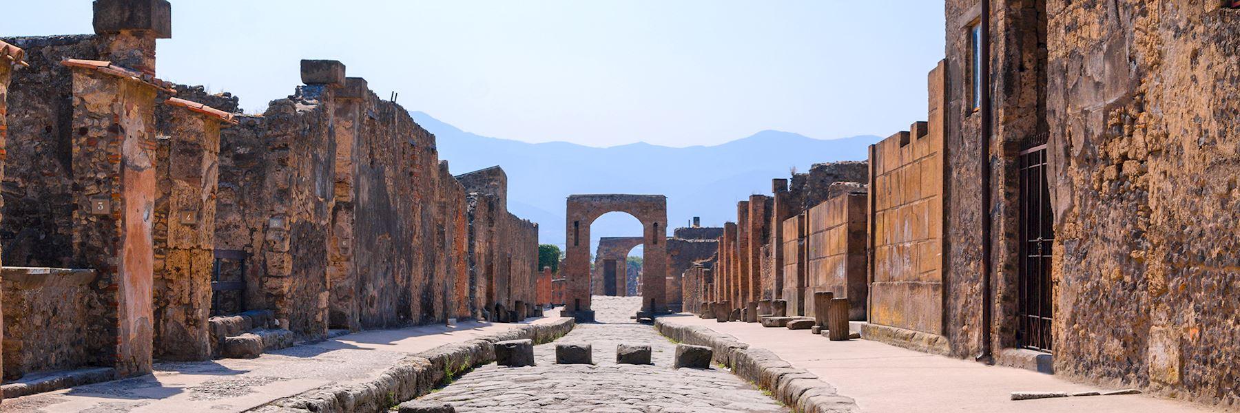 Visit Pompeii, Italy
