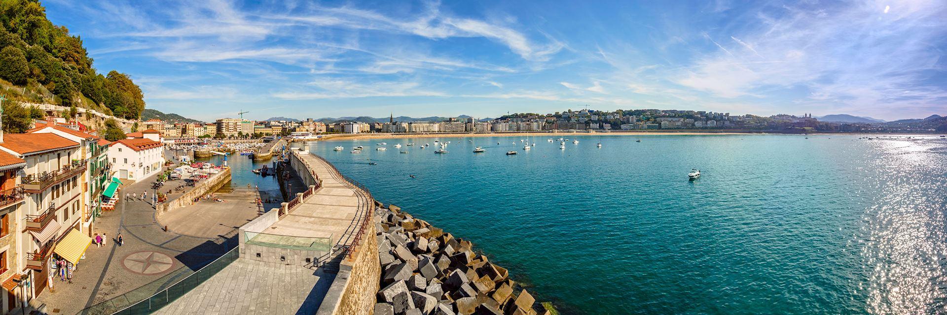 Panoramic view of La Concha Bay, San Sebastian, Donostia, Basque Country, Spain