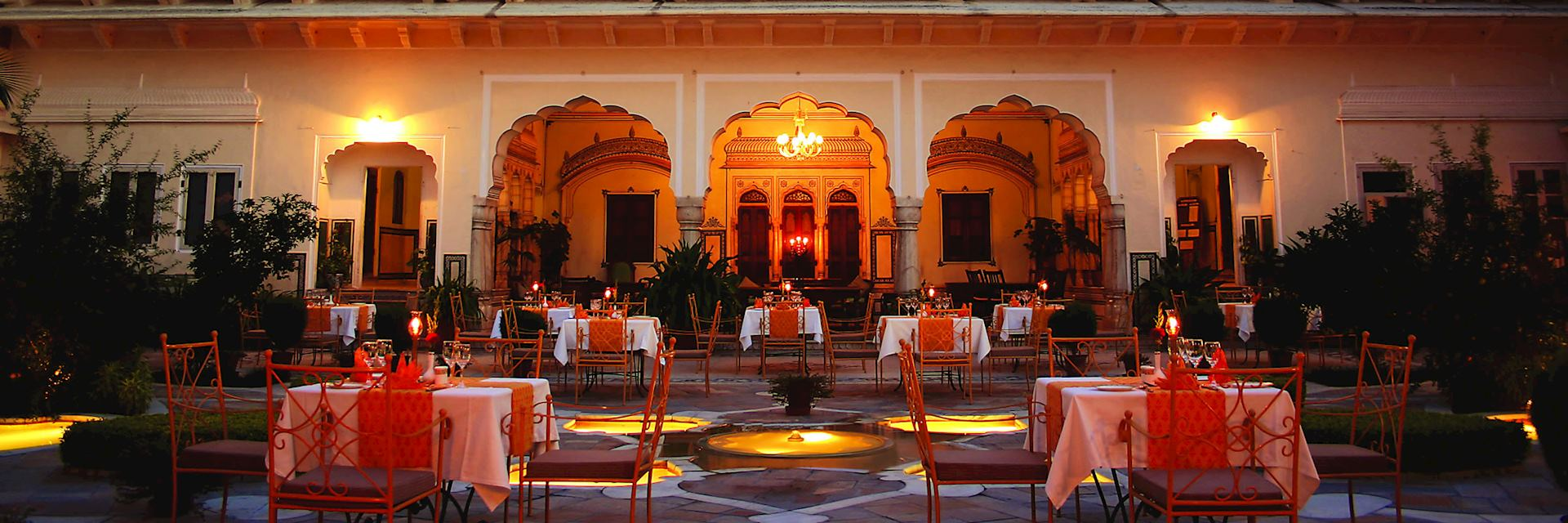 Courtyard dining at the Samode Haveli, Jaipur