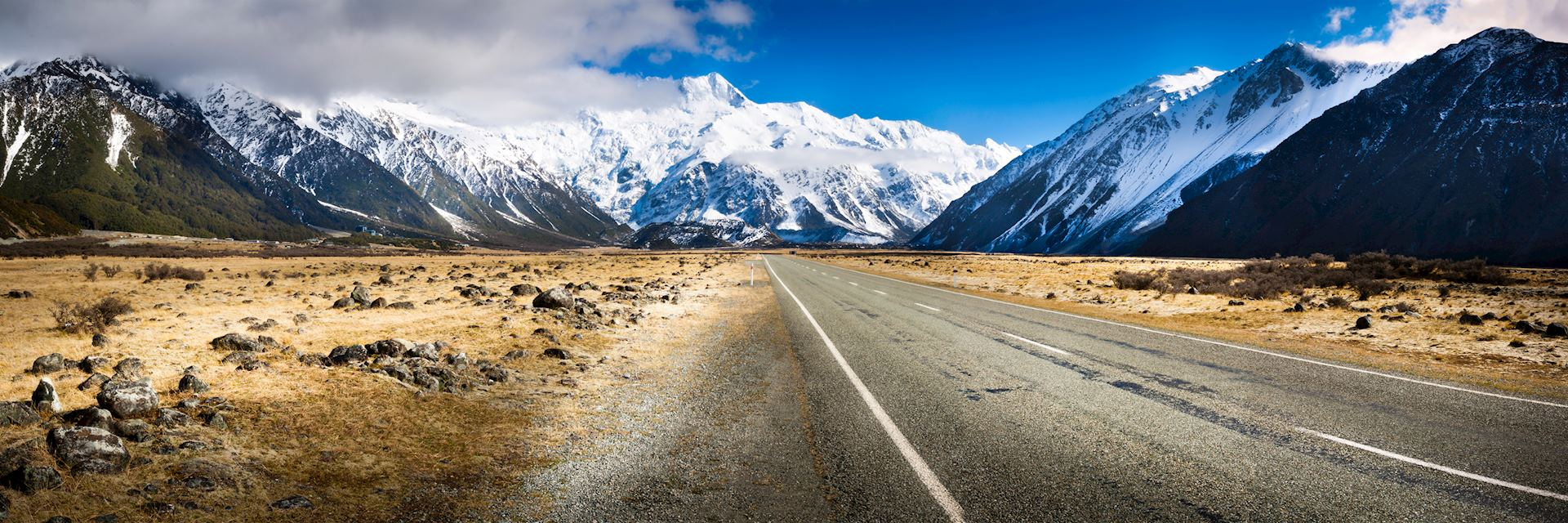 Road in the South Island of New Zealand