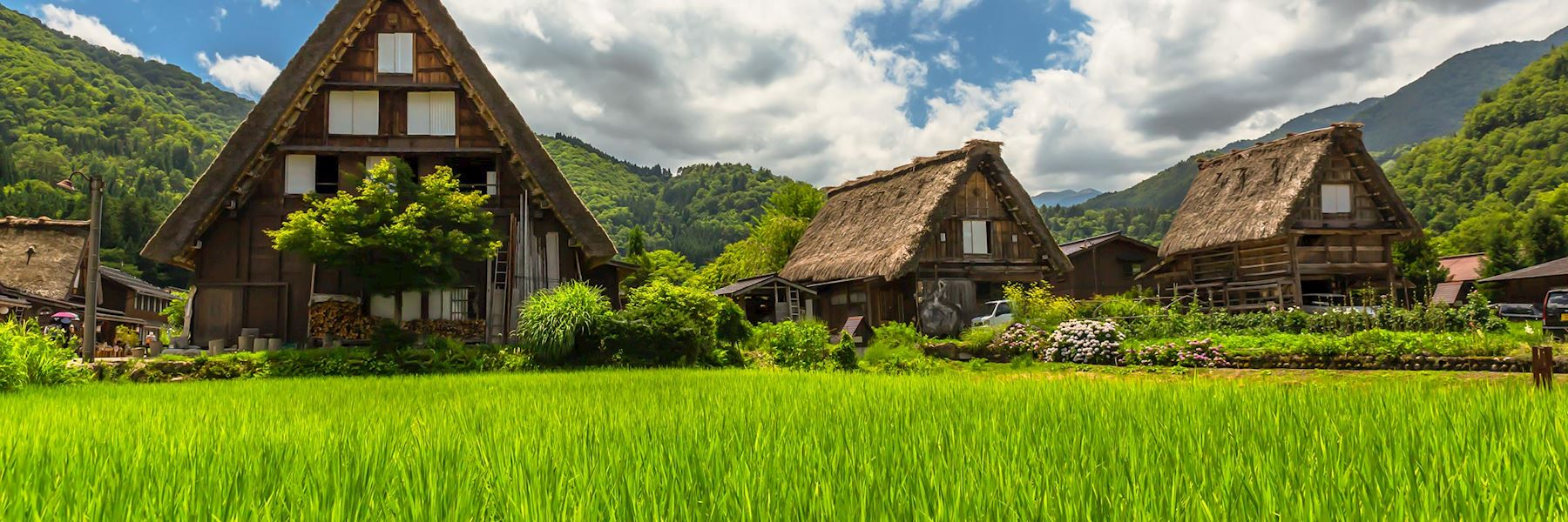 Visit Shirakawago, Japan