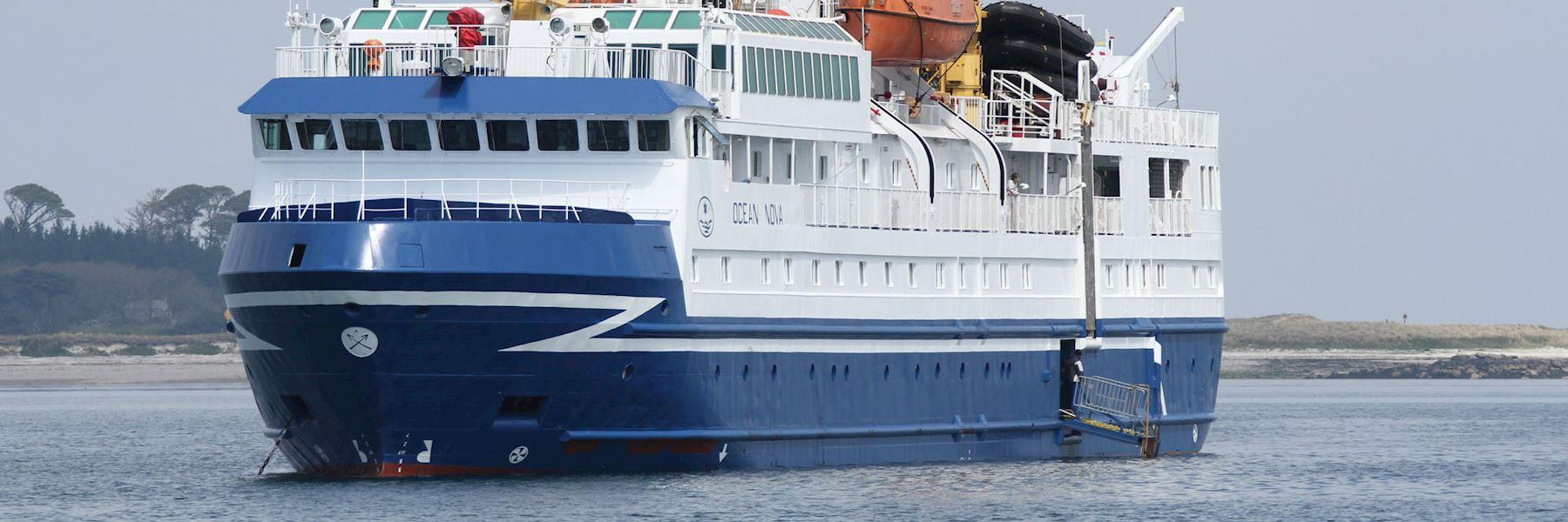 Cruise Ships in Antarctica: Ocean Nova