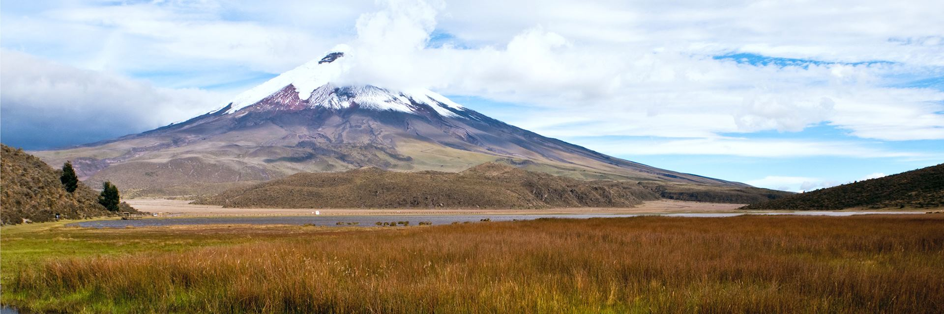 Limpiopungo Lagoon at the foot of the volcano Cotopaxi