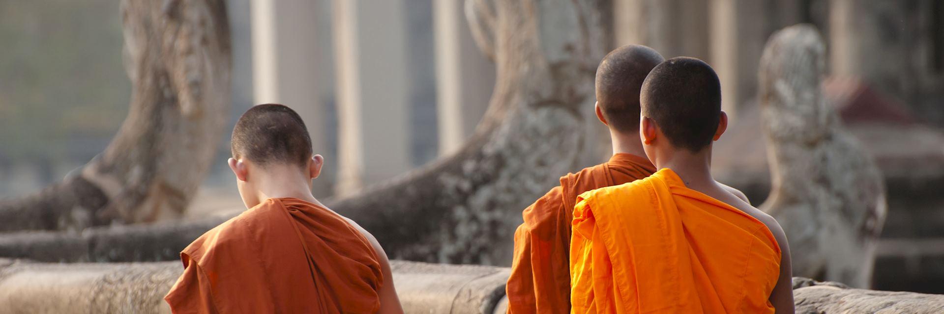 Monks, Angkor Wat