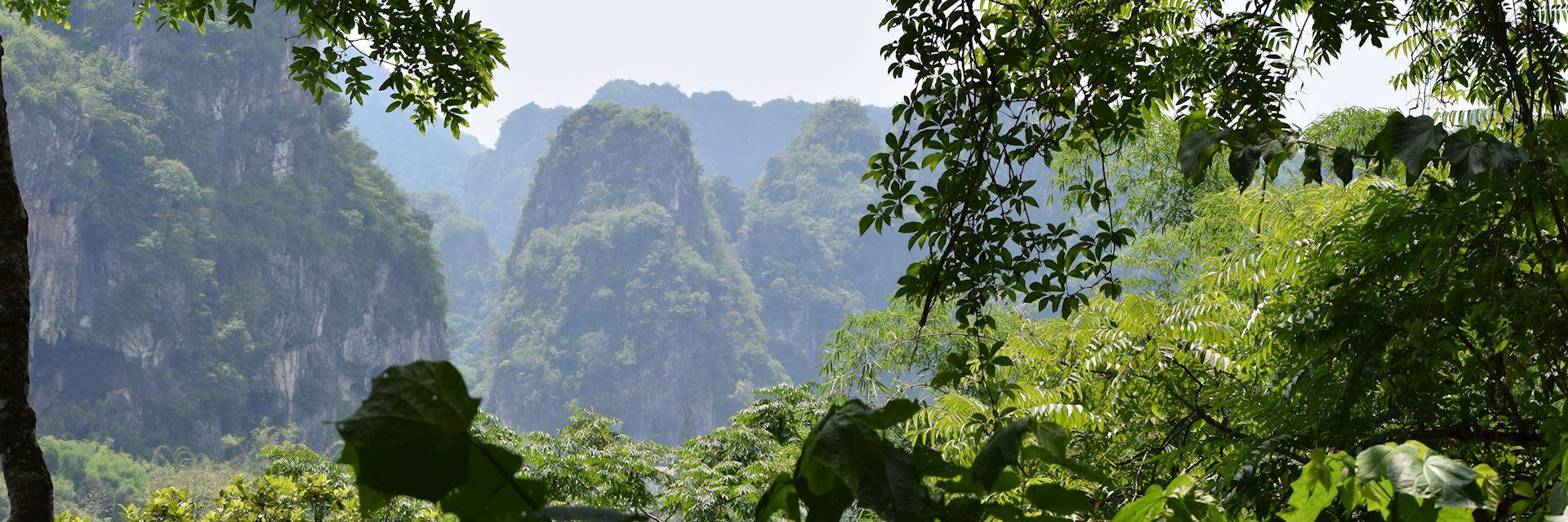 Scenery around Vieng Xai