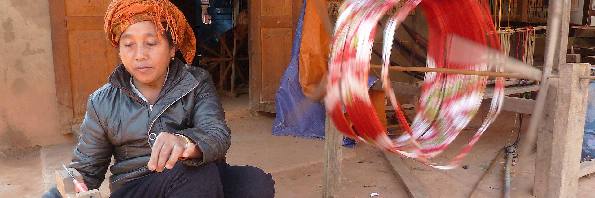 Local lady weaving, Sam Nuea