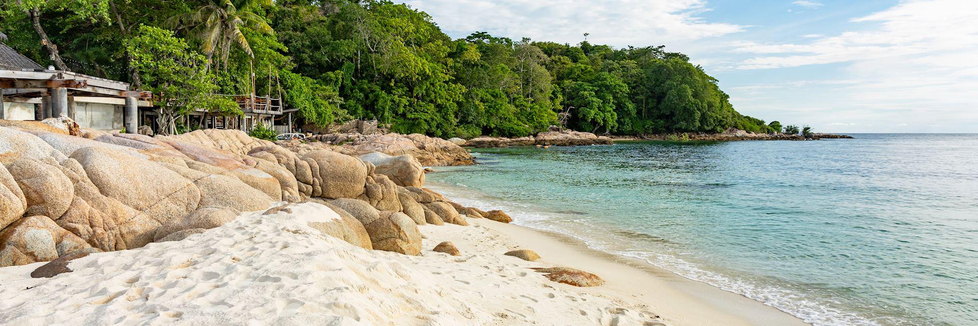 White sand beach on Koh Munnork