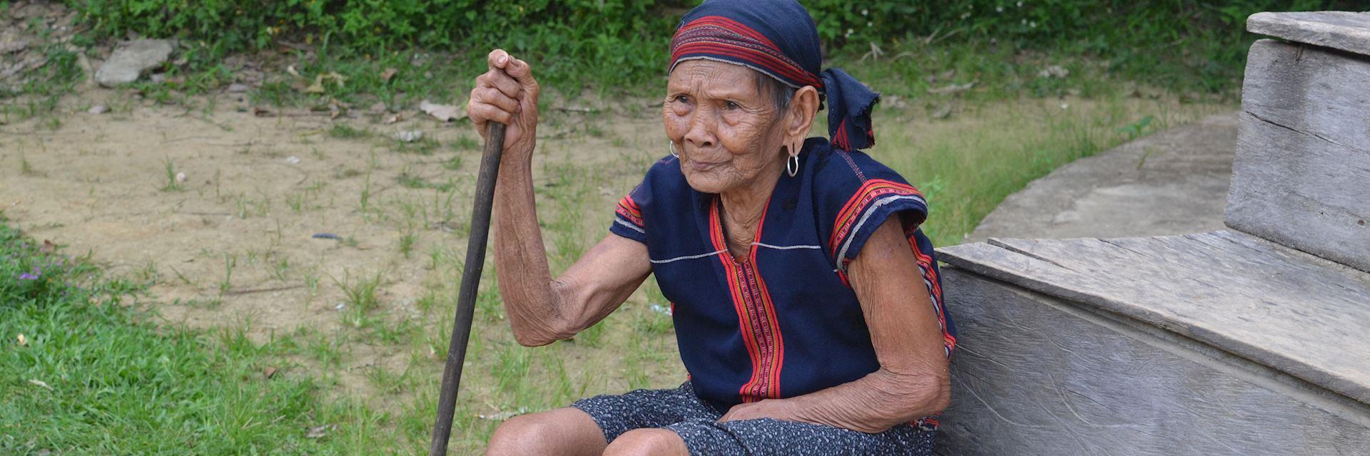 Local woman, Bho Hoong