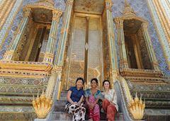 Elizabeth with friends in Bangkok, Thailand