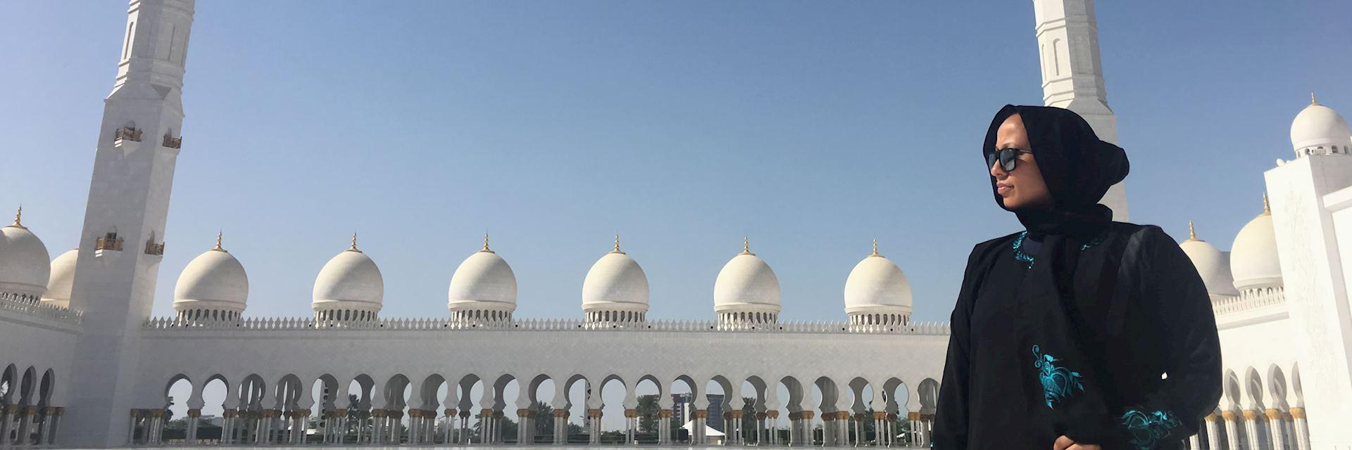 Blaise at the Grand Mosque, Abu Dhabi