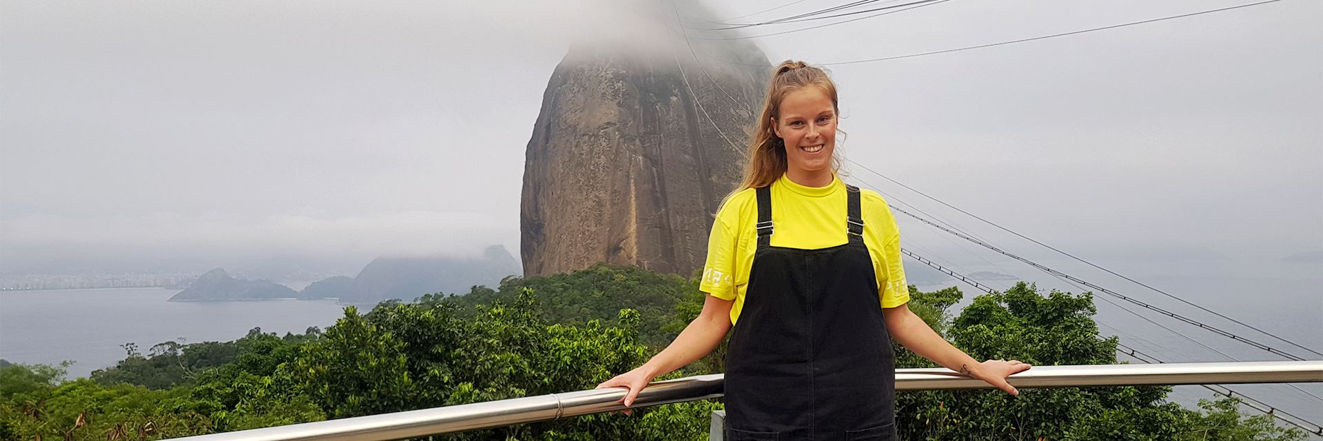 Adele in front of Sugar Loaf Mountain, Brazil