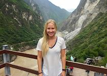 Lucy at Tiger Leaping Gorge