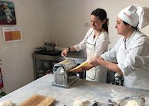 Jenna at a cooking class in Florence